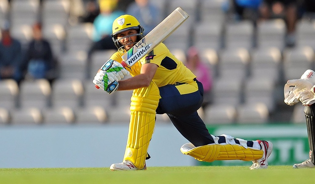 Shahid Afridi smashes a 42-ball hundred in the NatWest T20 Blast