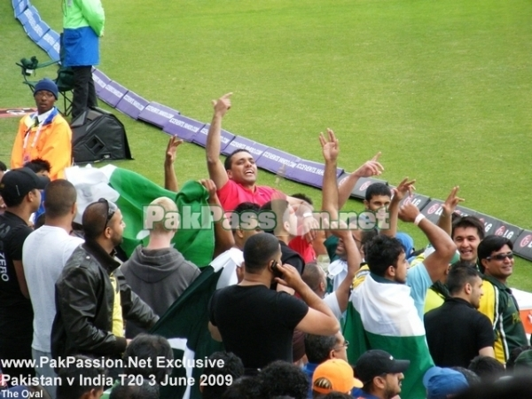 Pakistani supporters at The Oval