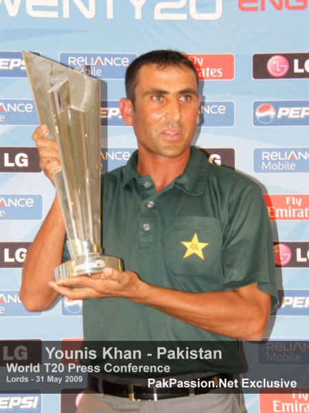 Younis Khan with the 2009 ICC Twenty20 World Cup Trophy