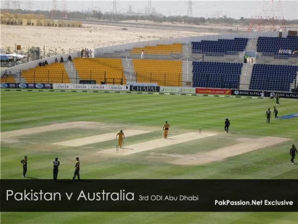 Pakistan v Australia - 3rd ODI at Abu Dhabi