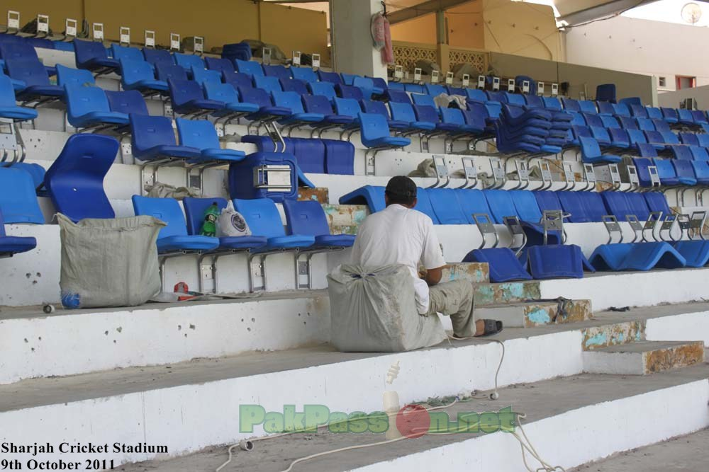 PakPassion Visits Sharjah Cricket Ground - 09 October 2011