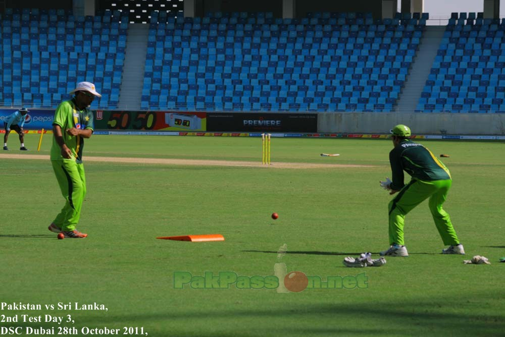 Ijaz Ahmed and Asad Ali during a practice session