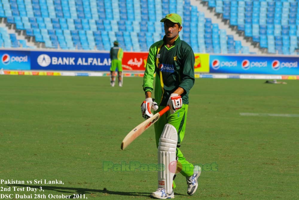 Junaid Khan practicing his batting
