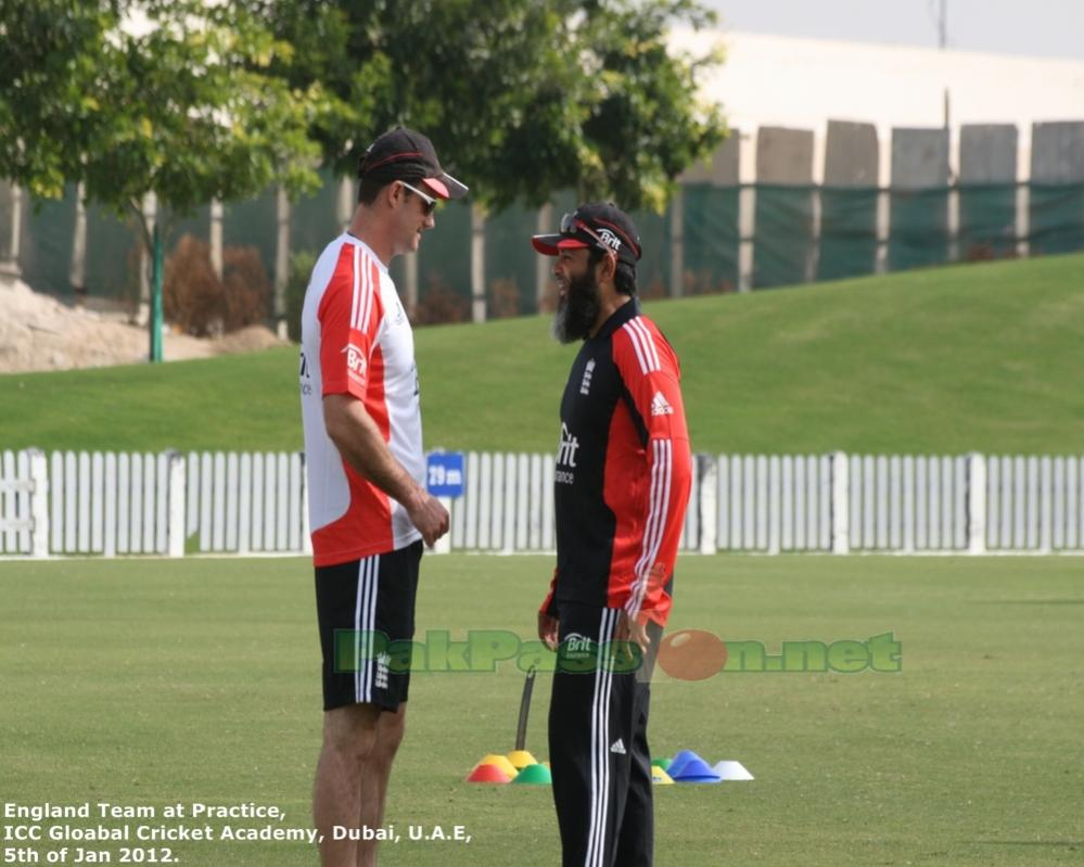 Andrew Strauss with Mushtaq Ahmed
