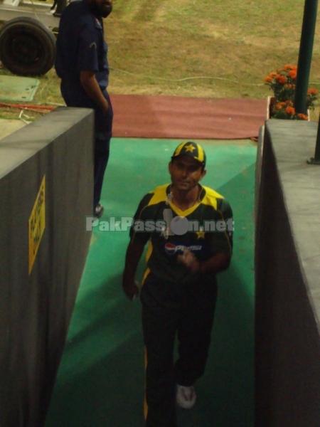 1st ODI: Pakistan vs New Zealand – Abu Dhabi Nov 2009