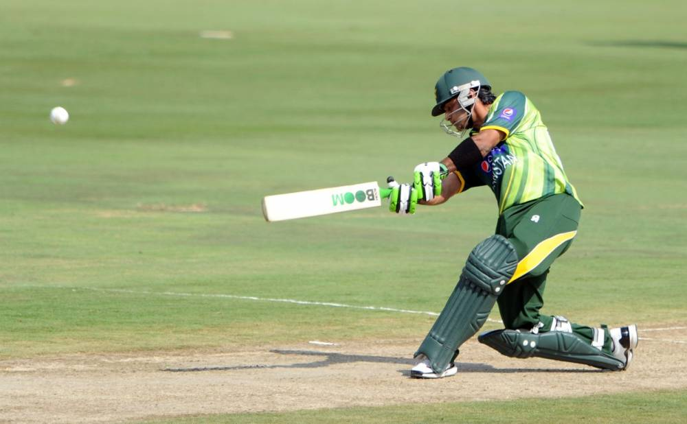 Mohammad Hafeez hits one through the off-side during his match-winning knoc