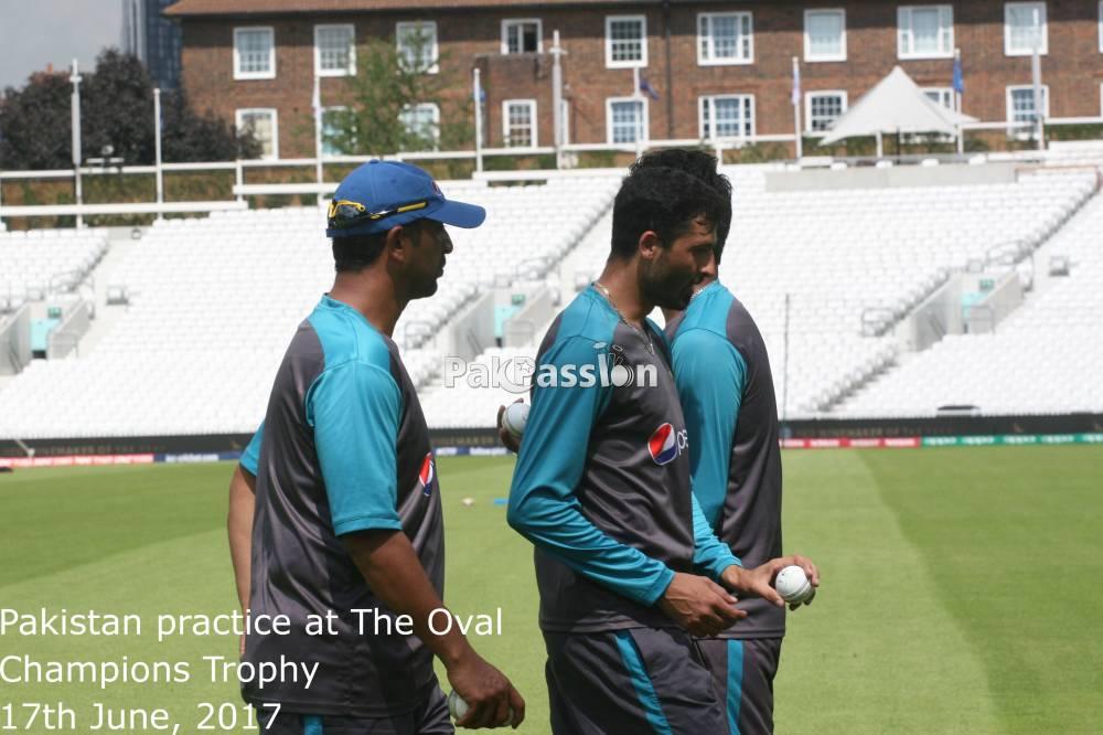 Azhar Mahmood and Junaid Khan