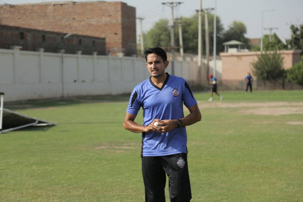 Mohammad Abbas practicing in training