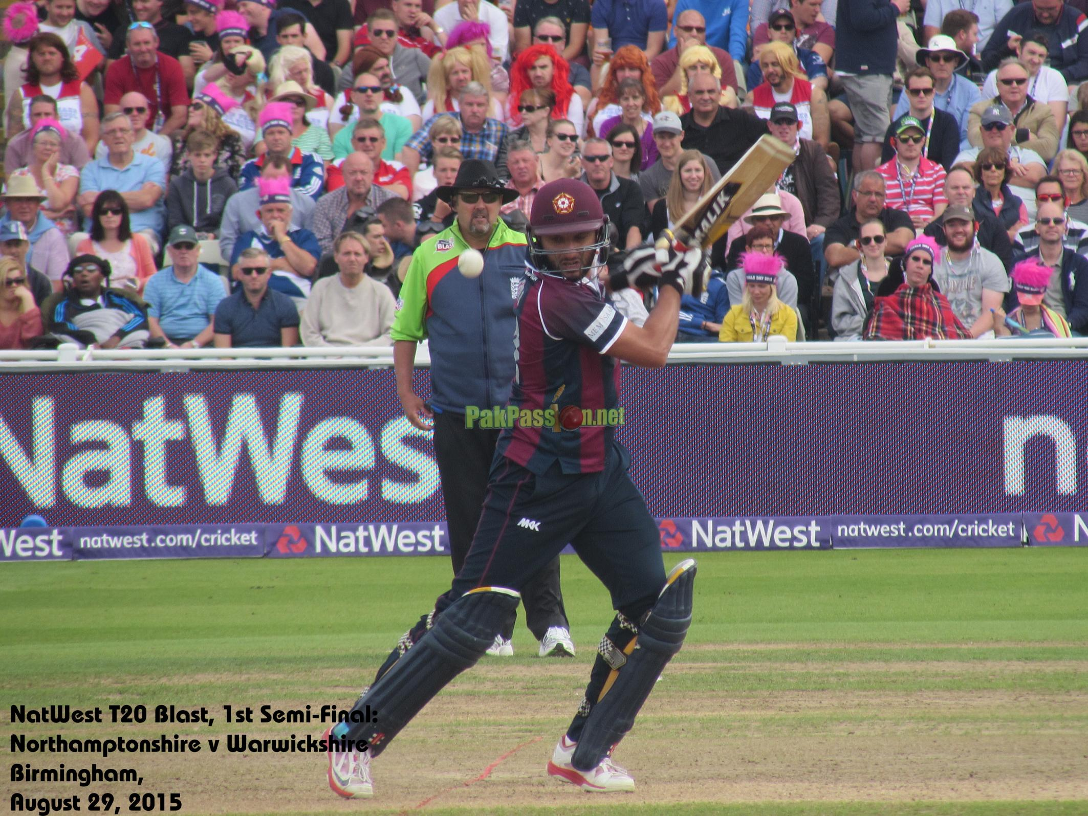 Shahid Afridi stars with an all-round performance during the Natwest T20 Blast Finals Day