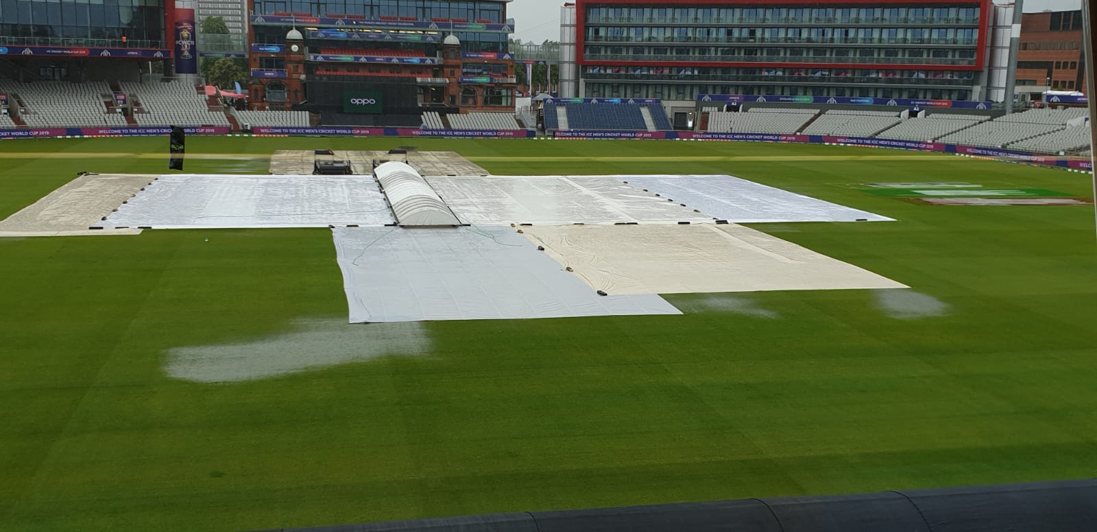 Rain could play spoilsport in the much awaited India-Pakistan World Cup encounter