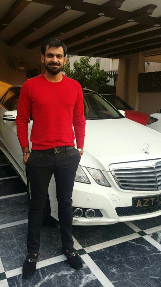 Name:  casual-look-pics-of-Mohammad-Hafeez.jpg Views: 86 Size:  106.7 KB